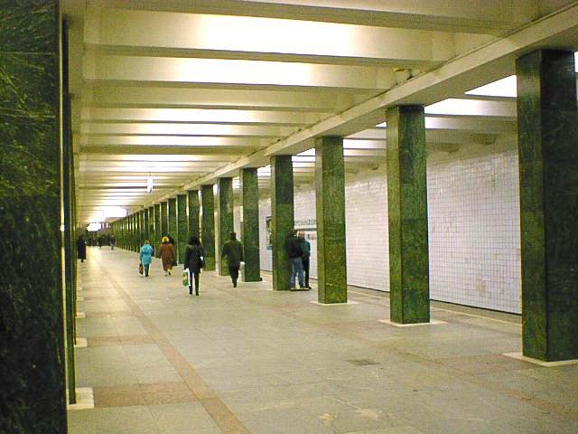 http://metroworld.ruz.net/moscow/sokolnicheskaya/03_preobragenskaya_ploshad_1.jpg