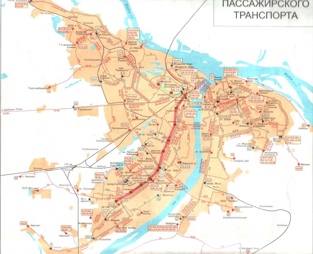 2001 - схема линий метро, наложенных на карту города.