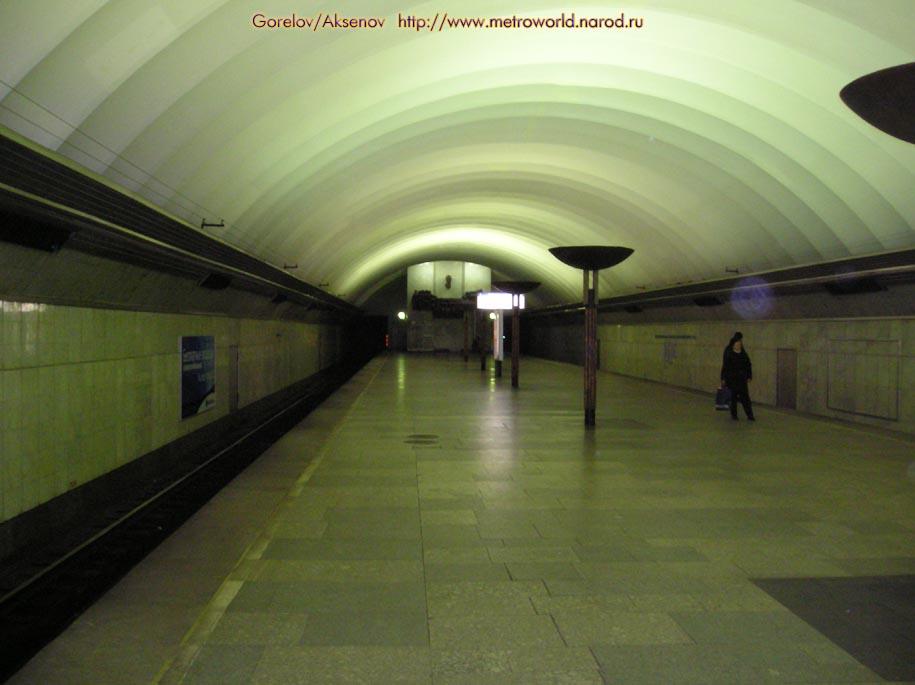 закрыто метро рыбацкое